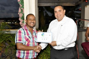 Izain Mercerca Mangazina di Rei and Lieutenant Governor of Bonaire Mr Edison Rijna