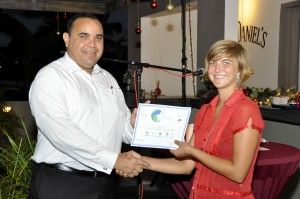 Lieutenant Governor of Bonaire Mr Edison Rijna presenting Award to Lily Leahy  ECHO